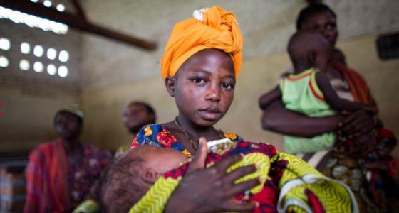 En Tanzania es habitual que las niñas se casen entre los 14 y los 18 años.