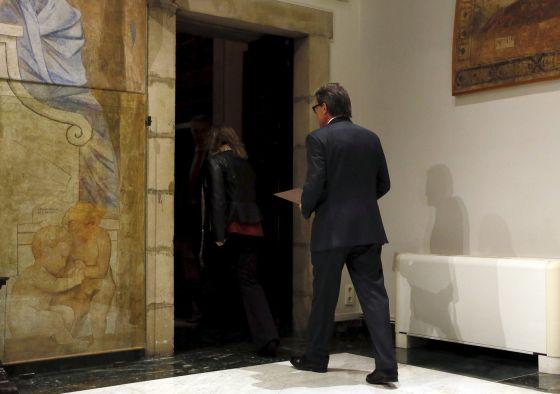 Artur Mas, tras la rueda de prensa celebrada ayer en la que explicó la retirada de su candidatura para presidir la Generalitat.