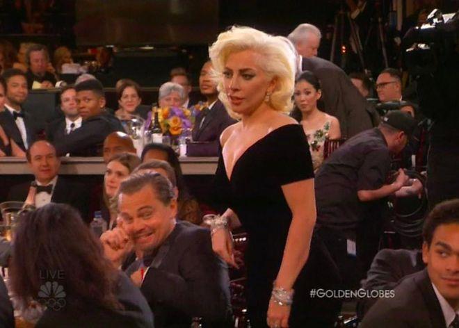 Lady Gaga y Leonardo di Caprio en los Golden Globes