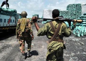 ¿Hace el ejército keniano negocios con el conflicto somalí?
