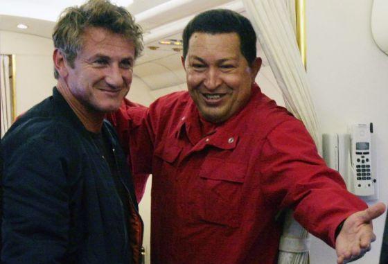 Sean Penn, con Hugo Chávez.