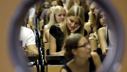 Estudiantes, en un aula de la Universidad Complutense