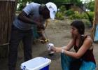 Cazadores de mosquitos en Mozambique