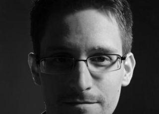 Tuiteras del mundo: Snowden tiene un mensaje para vosotras