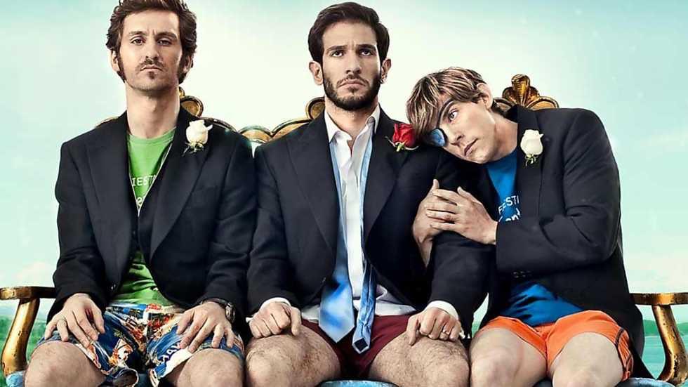 Raúl Arévalo, Quim Gutiérrez y Adrián Lastra en 'Primos' (2011), esa película que enfatiza algunos tópicos españoles.