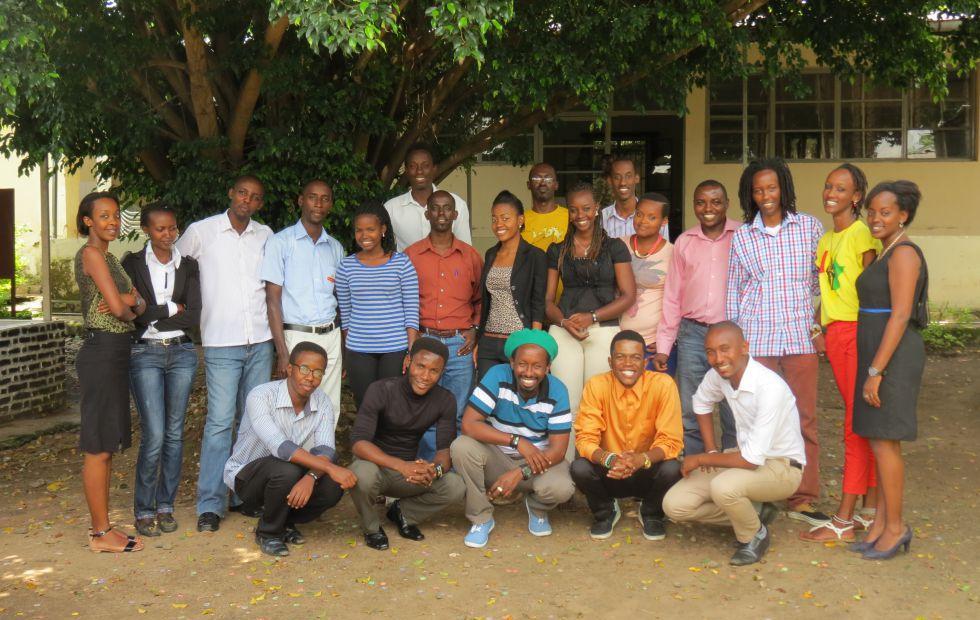 Imagen de algunos de los blogueros implicados en Yaga Burundi. Foto cedida por el colectivo.