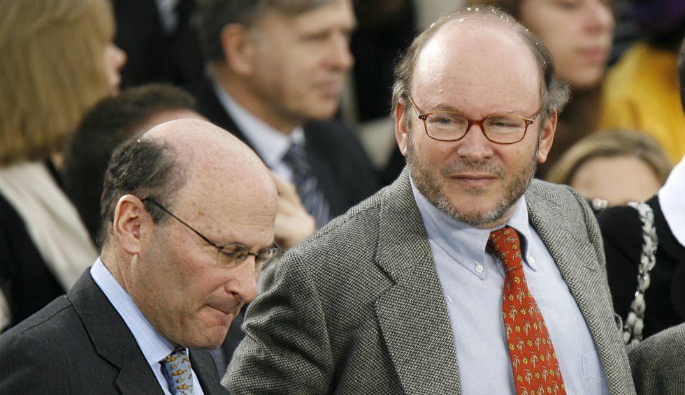 Alain Wertheimer y, a la derecha, su hermano Gérard, accionistas mayoritarios de Chanel.