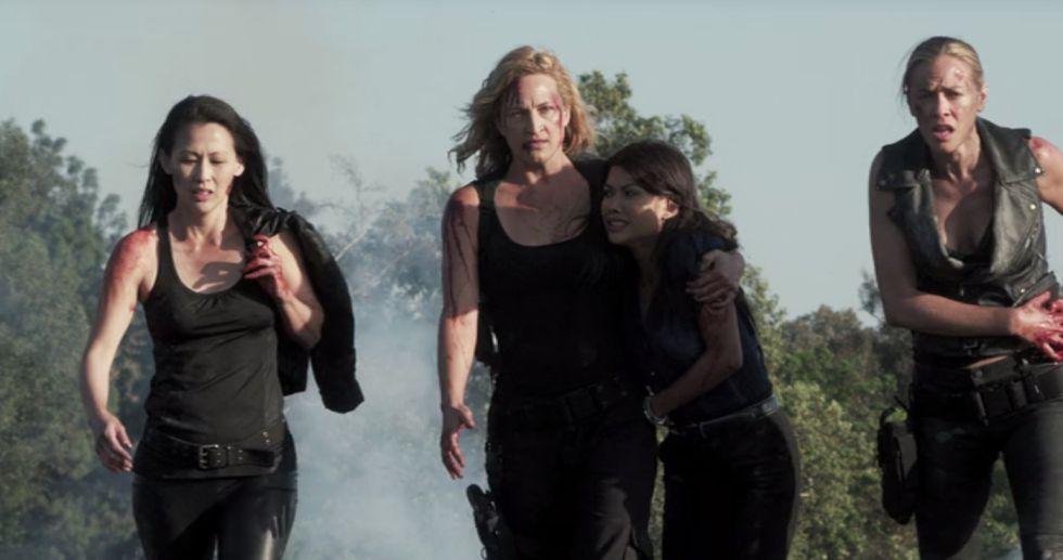 Bell junto a sus compañeras de reparto en 'Mercenaries'