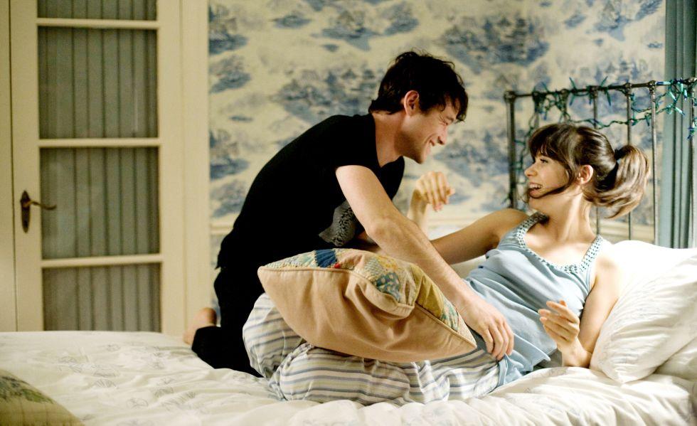 Imagen de la película '(500) días juntos (2009)'. En ella: Joseph Gordon-Levitt y Zooey Deschanel.