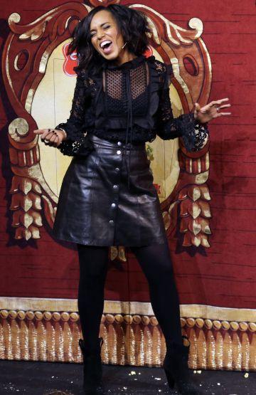 Kerry Washington celebra su reconocimiento como mujer del año.