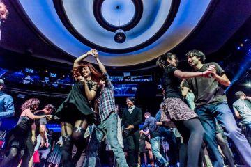 Así son los domingos de 'swing' en el Teatro Barceló