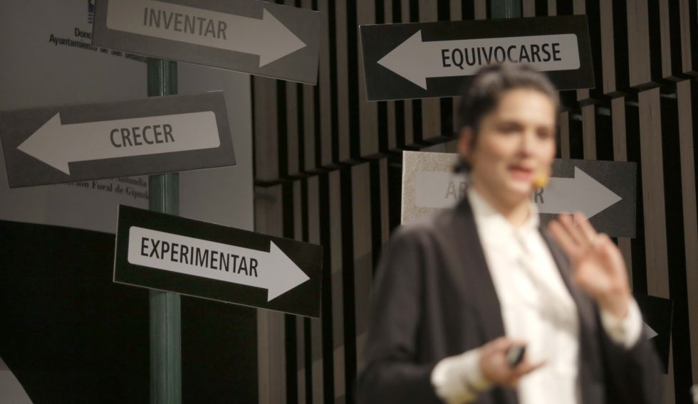 Carina Soto, durante su ponencia en 3º Foro Internacional de Emprendedores.