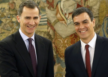 """Socialists are ready to govern if Rajoy refuses,"" Sánchez tells king"