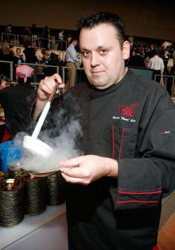 El chef estadounidense Homaro Cantu.