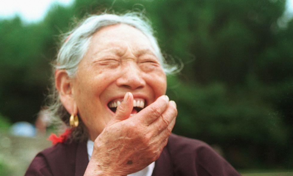 No es que lo parezca, es que se ríen: los chinos, los más felices del mundo