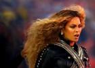 Beyonce durante el medio tiempo de la Super Bowl.