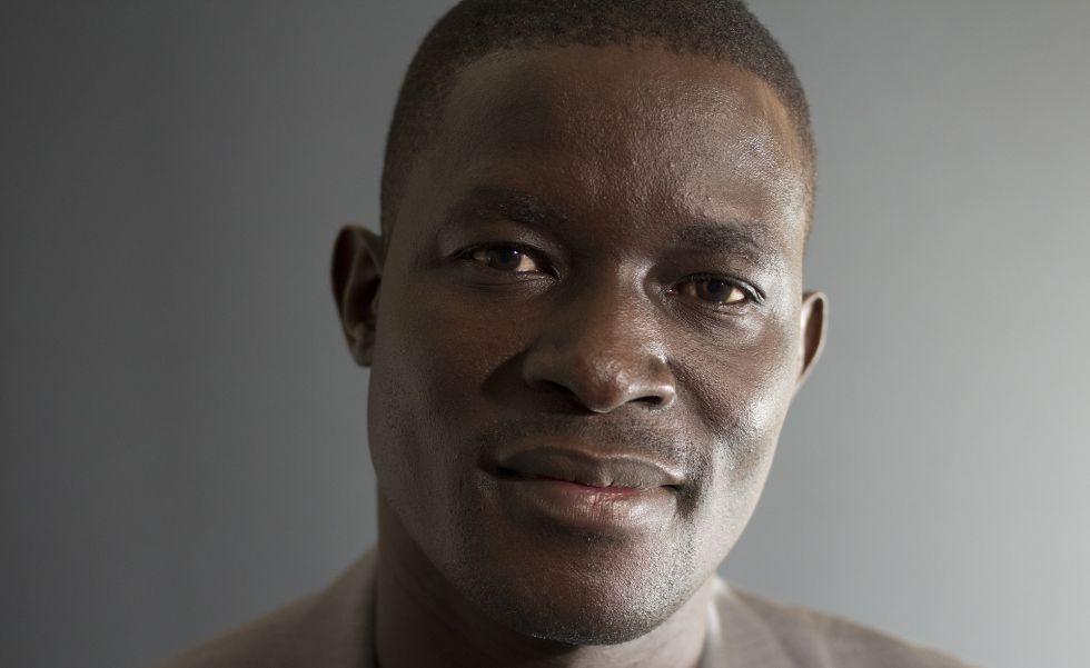 El activista ugandés Victor Ochen.