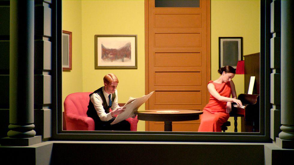 La decoración de la casa empieza a poner a prueba la solidez de las parejas. En la imagen, Christoph Bach y Stephanie Cumming en la película 'Shirley: Visiones de una realidad ' (2013).