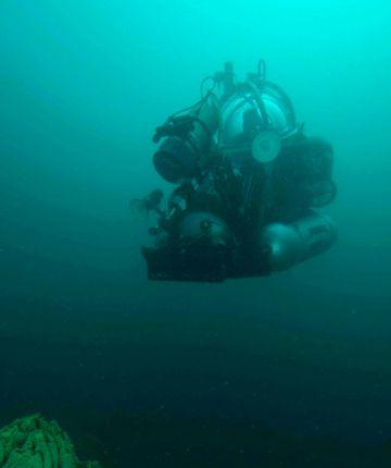 Uno de los robots submarinos empleados en el lago.
