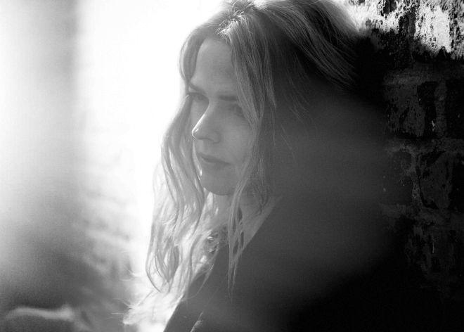 Estrenamos el nuevo vídeo de Christina Rosenvinge, 'Lo que te falta'