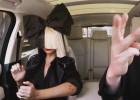Sia se sube al 'coche-karaoke'