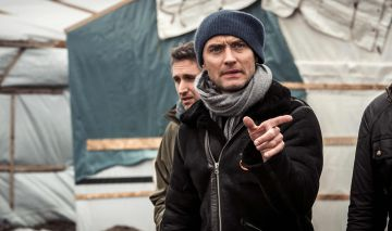 Jude Law, durante su visita al campamento de refugiados.