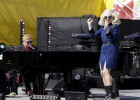 El concierto sorpresa de Elton John y Lady Gaga previo a los Oscar