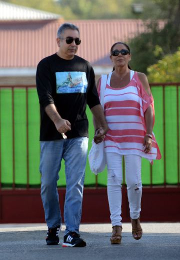 Isabel Pantoja saliendo de la carcel en un permiso penitenciario el pasado octubre.
