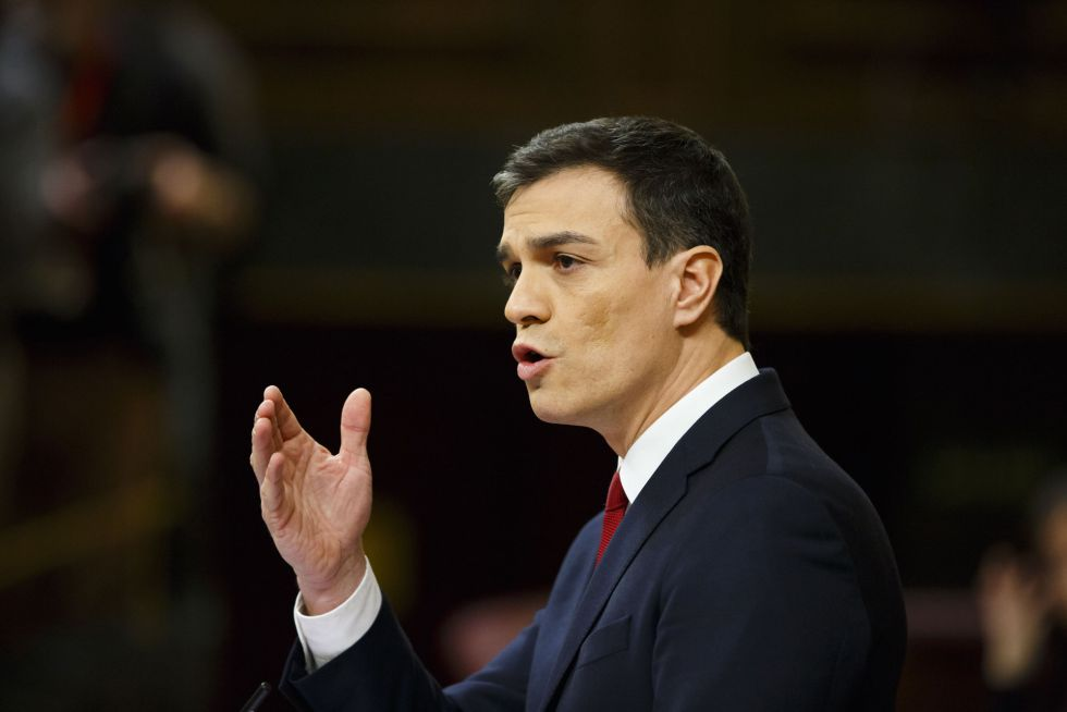 Pedro Sanchez, durante el discurso en que presentó su programa de gobierno al Congreso.
