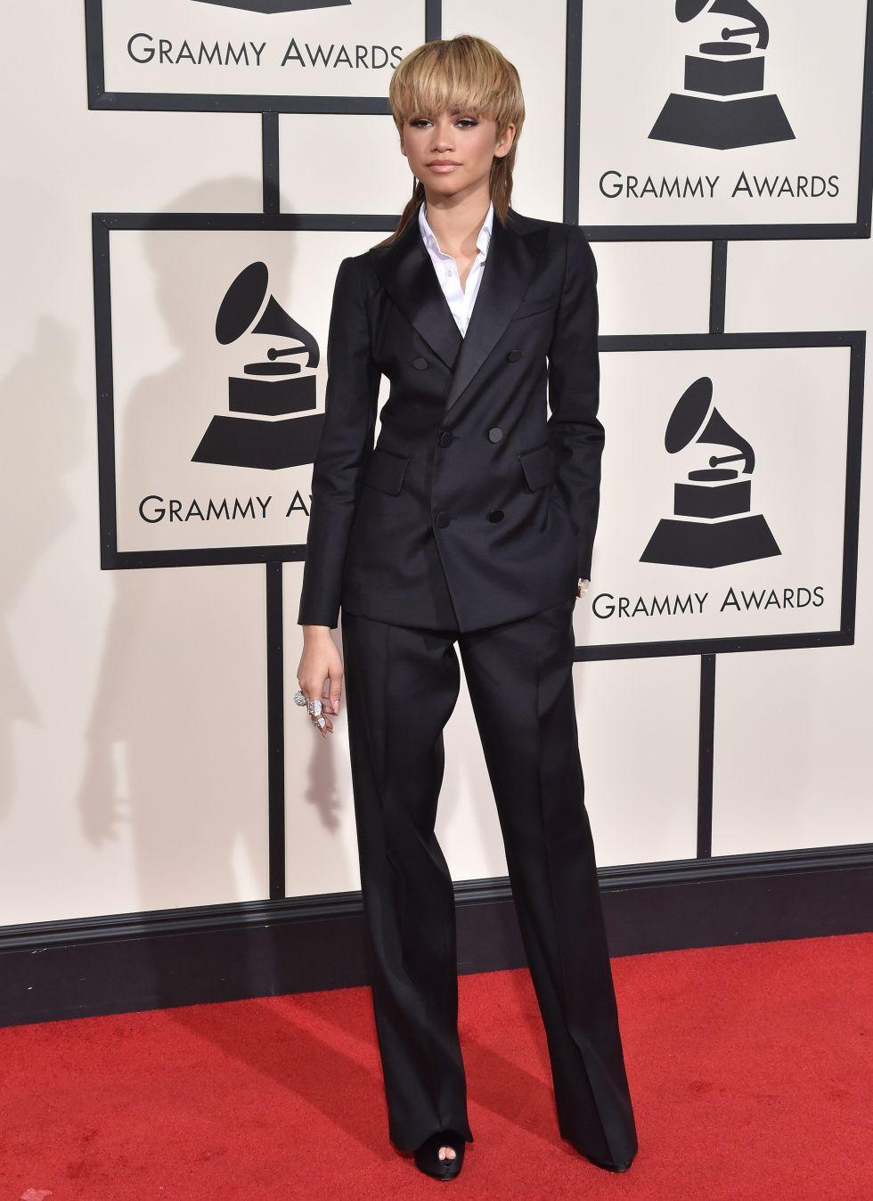 Zandaya, ex chica Disney, con un impecable traje sastre en la última gala de los premios Grammy.
