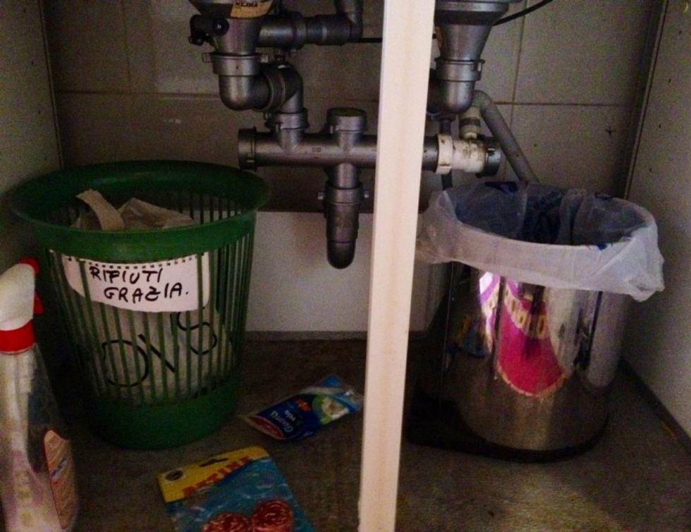 """""""Nos hemos dado cuenta de que nuestra cdm ha empezado a hacer un reciclaje especial. Ha separado su basura de la nuestra"""""""