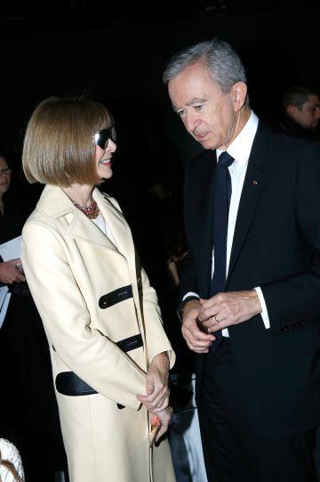 La editora de 'Vogue' Anna Wintour y Bernard Arnault el pasado octubre.