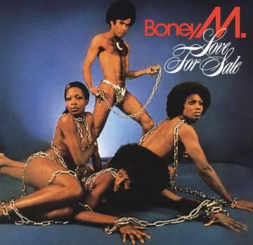 Boney M. arrasou com uma fraude atrás da outra. Mas a gente se divertiu dançando as músicas deles...