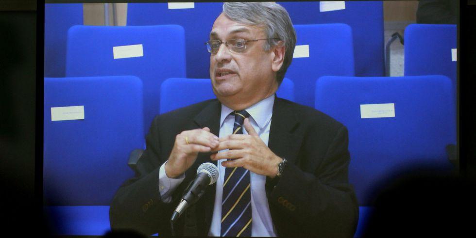 Declaración del exsecretario del Instituto Nóos, Miguel Tejeiro, a través del monitor.