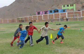 Los talleres se complementan con actividades deportivas.