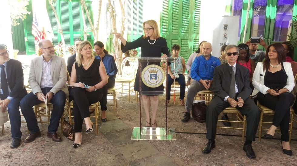 Carmen Yulín Cruz, alcaldesa de San Juan, Puerto Rico, el pasado día 10 durante la presentación de varias exposiciones que forman parte del VII Congreso Internacional de la Lengua Española que se inaugura hoy.