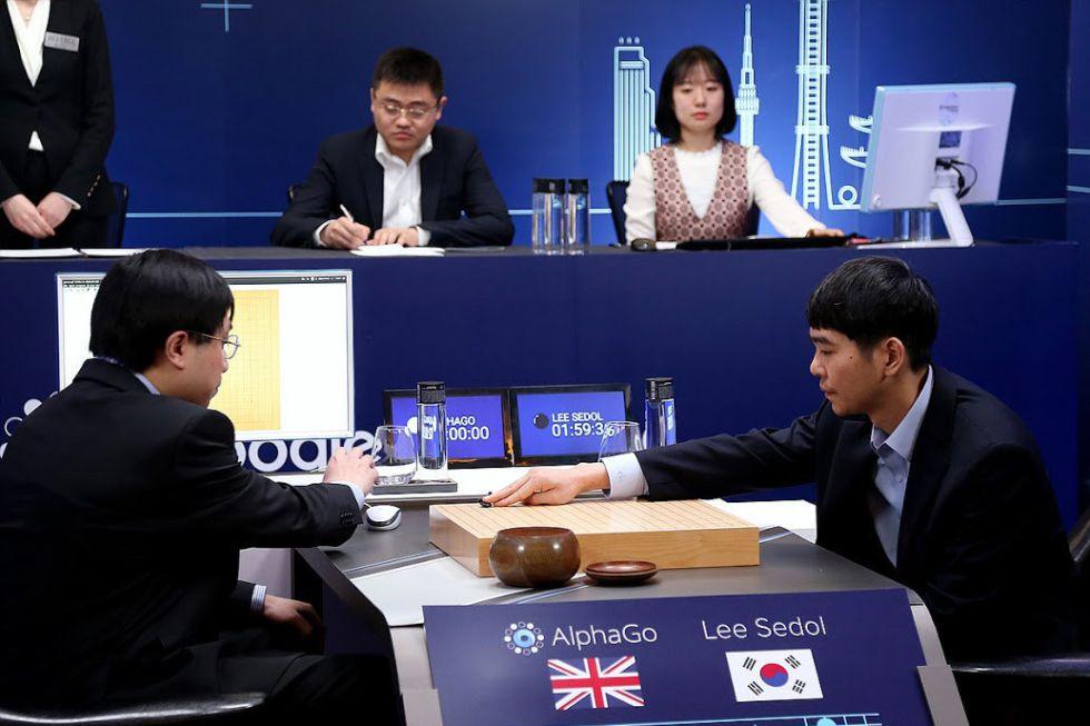 AlphaGo gana al campeón Lee Sedol