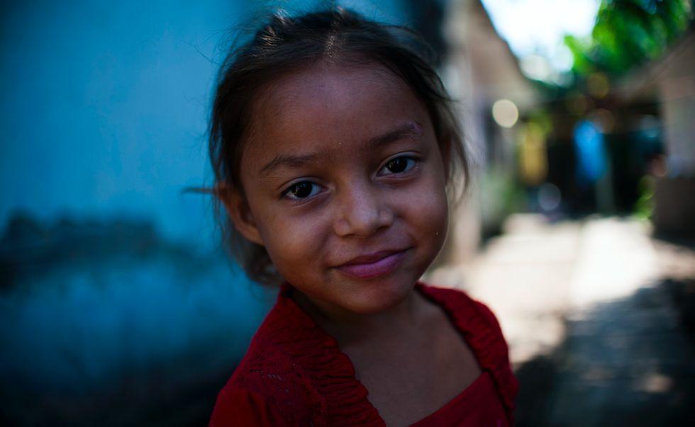Una niña de El Bungalow.