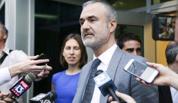 Nick Denton, fundador de Gawker, a la salida del tribunal de la Florida.