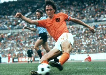 In photos: Cruyff's career (Spanish captions)