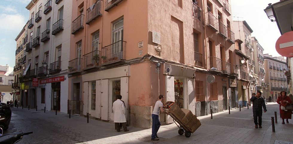 Ambiente en la intersección de las calles Esgrima y Amparo, en una imagen de archivo.