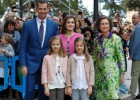 Los Reyes y sus hijas en la Misa de Pascua en Palma