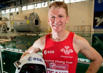 Correr una maratón en el espacio