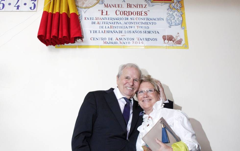 Manuel Benítez y su entonces esposa Martina Fraysse, en 2014.
