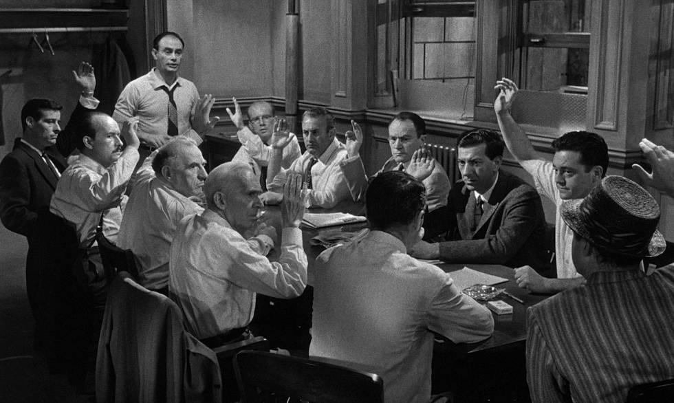 Un fotograma de 'Doce hombres sin piedad'.
