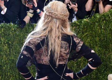 Traseros, látex y lucecitas en la gala del Met
