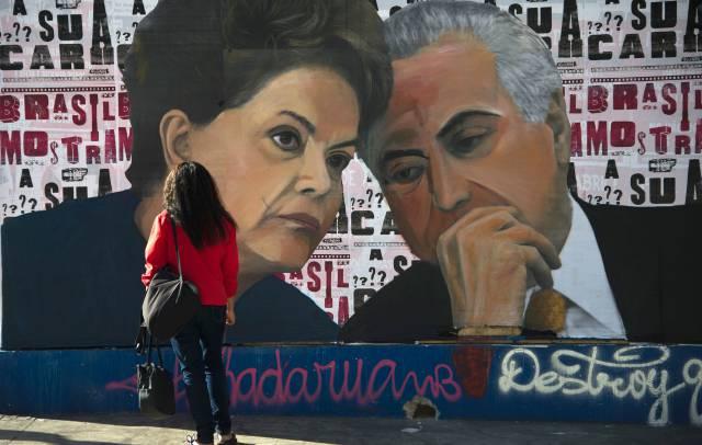 Una pintura de Dilma y Temer en las calles de Sao Paulo.