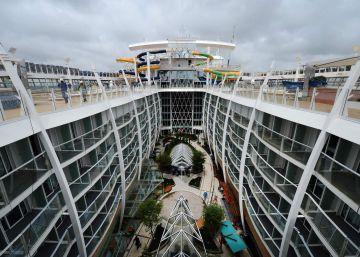 Paseo por las tripas del crucero más grande del mundo