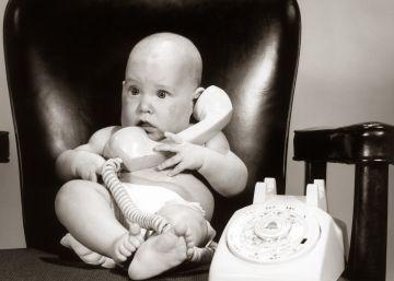 ¿Imitan los recién nacidos los gestos de los adultos?