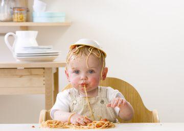 'Baby Led Weaning': Mi bebé de nueve meses come paella